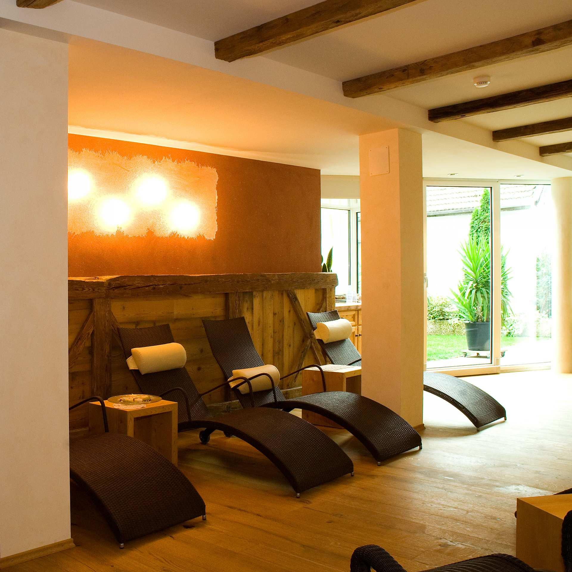 wellnessbereiche interior dekoration design s dtirol. Black Bedroom Furniture Sets. Home Design Ideas